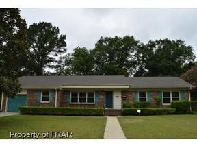 Single Family Home Sold: 438 Dwirewood Dr.
