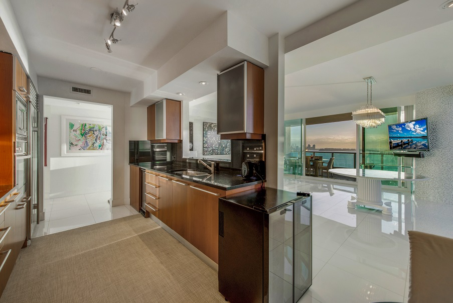 Jade Brickell Kitchen - Jade Residences 2311