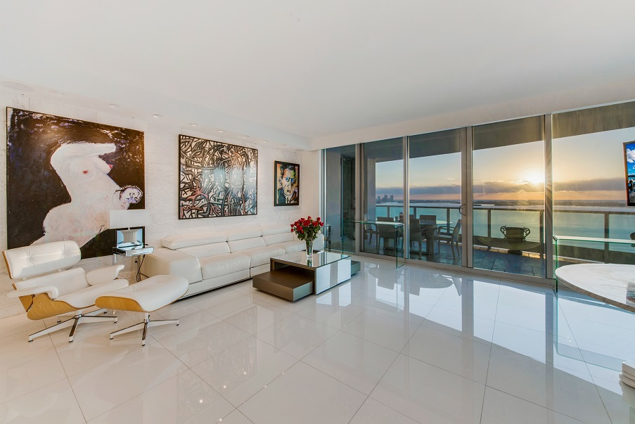 Open floor plan at Jade Brickell #2311