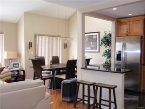 Condo/Townhouse Sold: 5 Linden