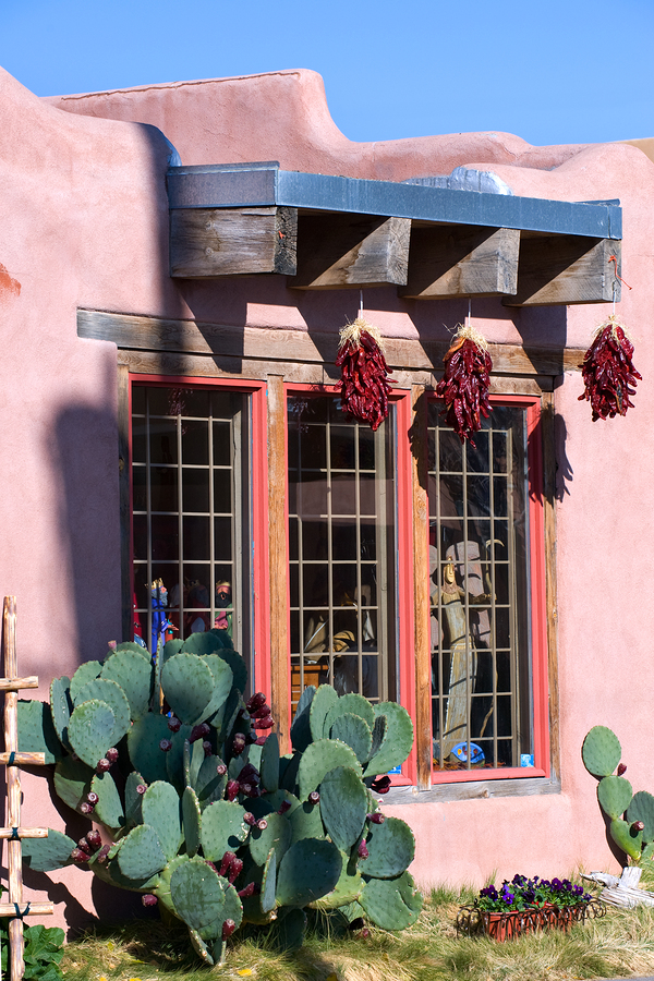 Learn hispanic culture on Albuquerque property.