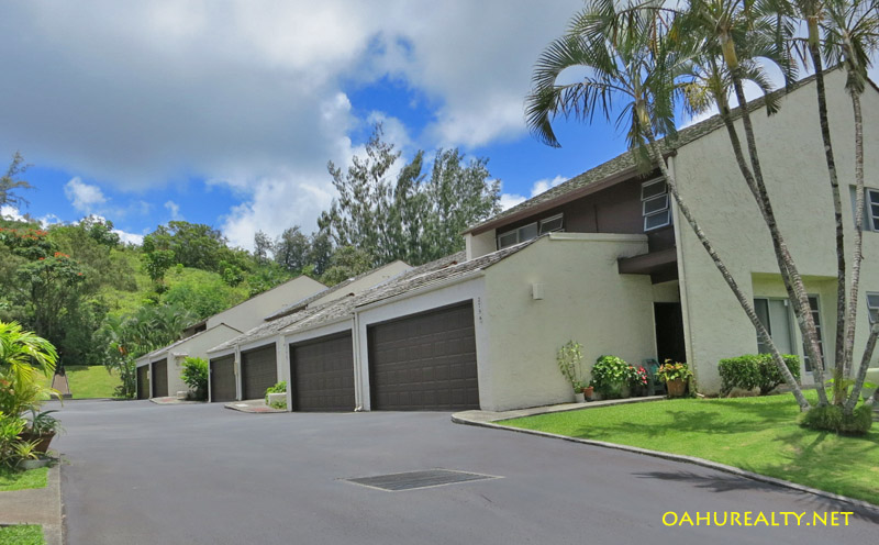 hokuloa townhomes in temple valley kaneohe