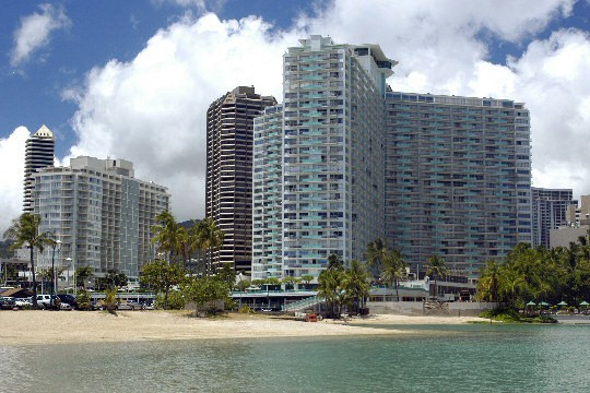 ilikai apartment building legal vacation rentals waikiki