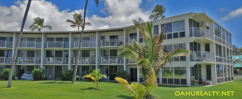 maili cove beachfront condo hawaii