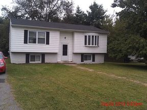 Lease/Rentals Rented: 11 S. Chestnut Drive