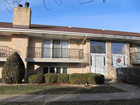 Condo/Townhouse Sold: 10834MississippiCt