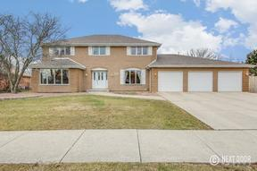 Single Family Home Sold: 12800 S Parkside Dr