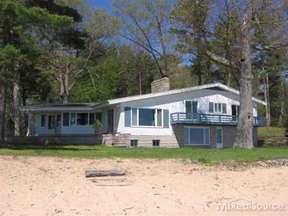 Residential Sold: 1486 N Lakeshore