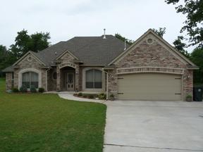 Residential Sold: 10605 NE 4th