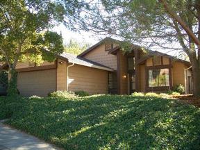 Residential Sold: 2526 Alamo Street