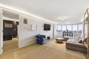 New York NY Condo For Sale: $1,575,000