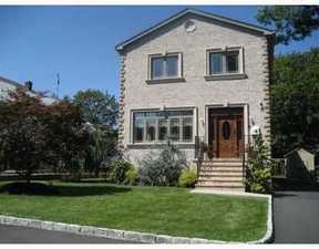 Residential Sold: 1 Stephens Place