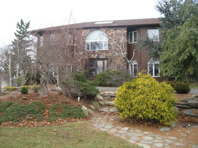 Residential Sold: 3 Ribier Court