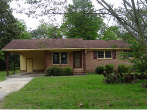 Residential Sold: 210 N Calhoun Street