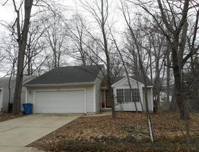 Residential Sale Pending: 859 Summer Creek Court SE