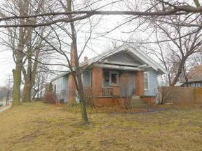Residential Sold: 913 Leonard Street NE