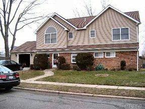 Residential Sold: 19 Memory Lane