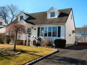 Residential Sold: 86 Harriet Road