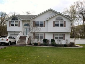 Residential Sold: 6 Jessica Ct.