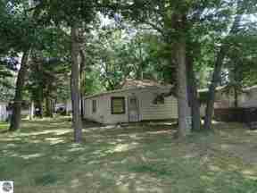 Residential Sold: 1354 N Sand Lake Road