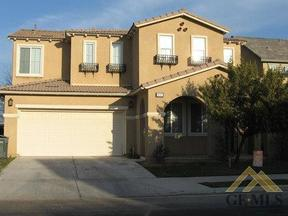 Bakersfield CA Residential Active: $305,000