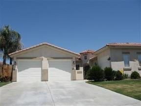 Bakersfield CA Residential Sale Pending: $349,950