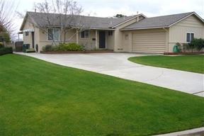 Bakersfield CA Residential For Rent: $1,495