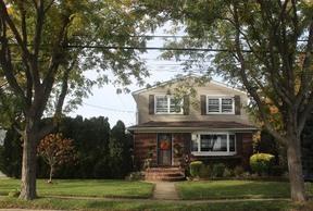 Residential Sold: 95 Caroline Avenue