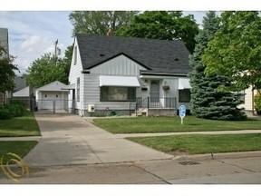 Residential Sold: 288 Nakota St