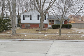 Residential Sold: 1851 Oakland Dr