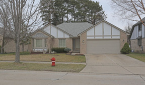 Residential Sold: 33672 Pineview