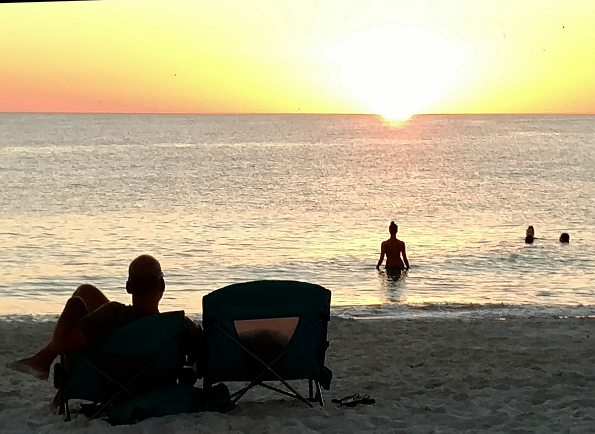beautiful holmes beach Florida sunset