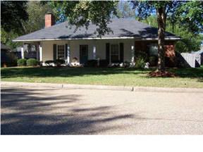 Residential Sold: 820 Pickford Pt