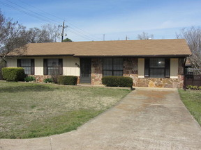 Residential Sold: 801 E Bissell