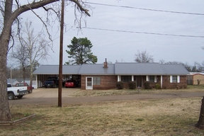 Residential Sold: 403 E Highland