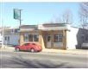 Commercial Listing Active: 1998 Acushnet Avenue
