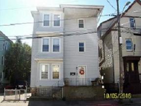 Residential Sold: 8 Social Street