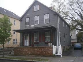 Residential Sale Pending: 135 Pleasant Street #1