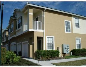 Residential Sold: 3031 Southeast Lexington Lakes Drive #104