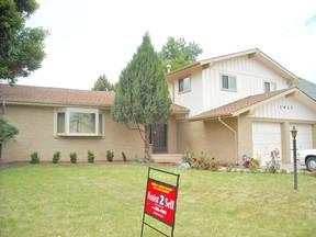 Residential Sold: 2927 Glendevey Dr