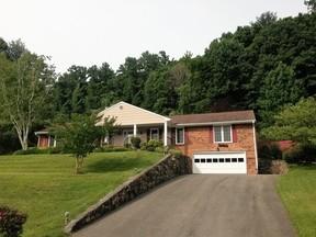 Residential Sold: 3323 Dawn Cir SW