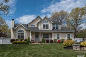 Residential Sold: 2 Winding Wood Ct
