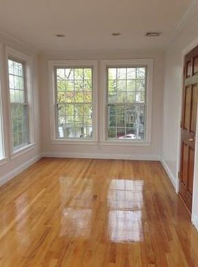 Rental For Lease: 104 ROBINWOOD AVE #2