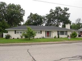 Residential Sold: 2229 E Gum St