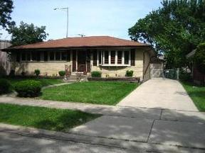 Residential Sold: 949 Lincoln St