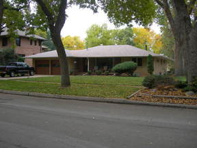 Residential Sold: 619 8th St