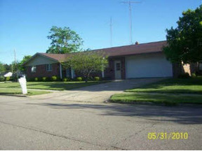 Extra Listings Sold: 2443 Maple St.