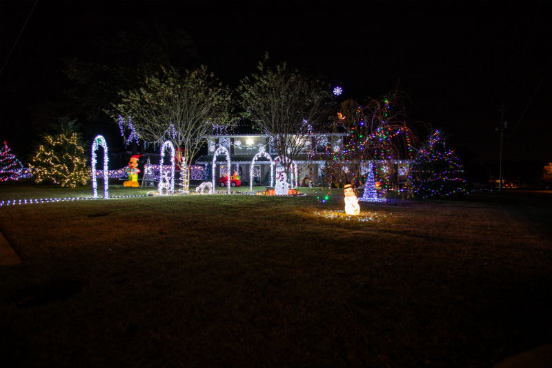 Where To Find The Best Christmas Lights In Pensacola