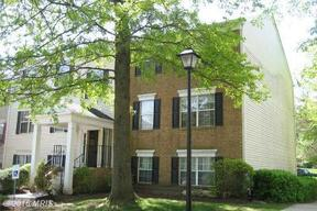 Residential Sold: 8 Normandy Square Court #2DF