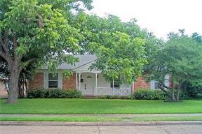 Residential Sold: 8745 MANHATTAN AVENUE